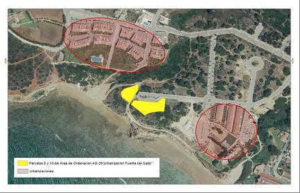 El ayuntamiento de Conil desclasifica suelos en primera línea del litoral