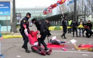 Diecinueve activistas por la paz vencen a la Ley Mordaza
