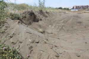 Denuncian la extracción ilegal de arena en la duna de El Morche