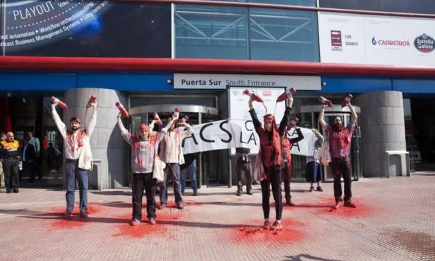 Protesta ante la junta de accionistas de ACS