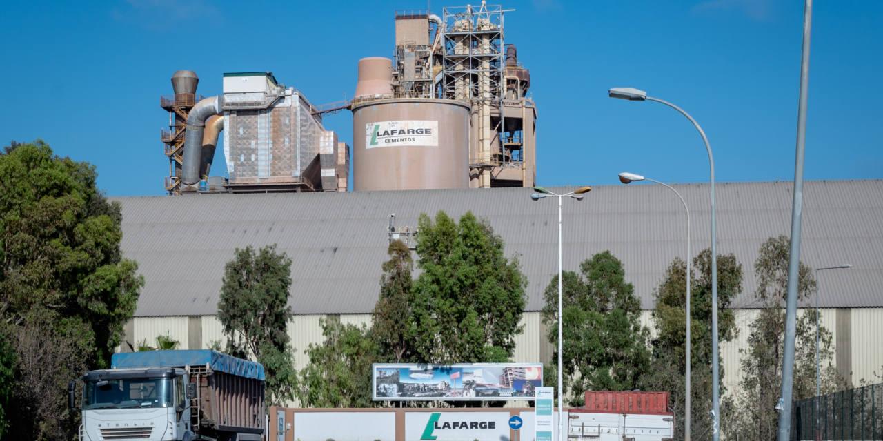 La cementera de Sagunt supera los límites de emisión de óxidos de nitrógeno