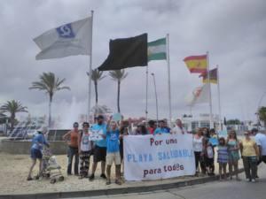 Bandera Negra para la playa urbana de Sanlúcar, por noveno año consecutivo