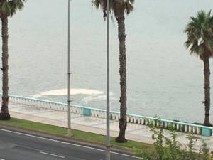 Nuevo vertido de aguas fecales en la Playa de Poniente de La Linea
