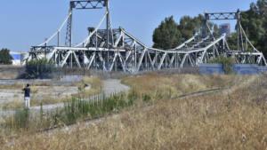 """El Plan Estratégico 2025 del puerto ignora el puente """"de hierro"""""""
