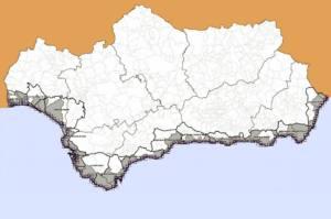 La Junta de Andalucía se compromete a aprobar de nuevo el Plan del Litoral