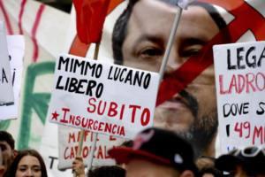Apoyo y solidaridad con Mimmo Lucano, alcalde de Riace