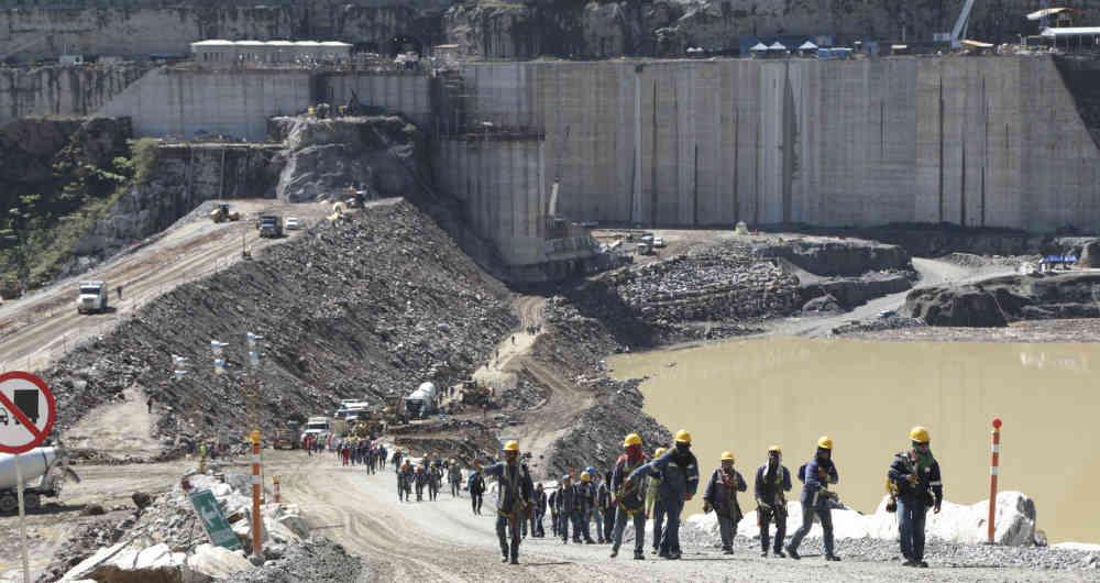 Colombia. La construcción de una represa desplaza a miles de personas
