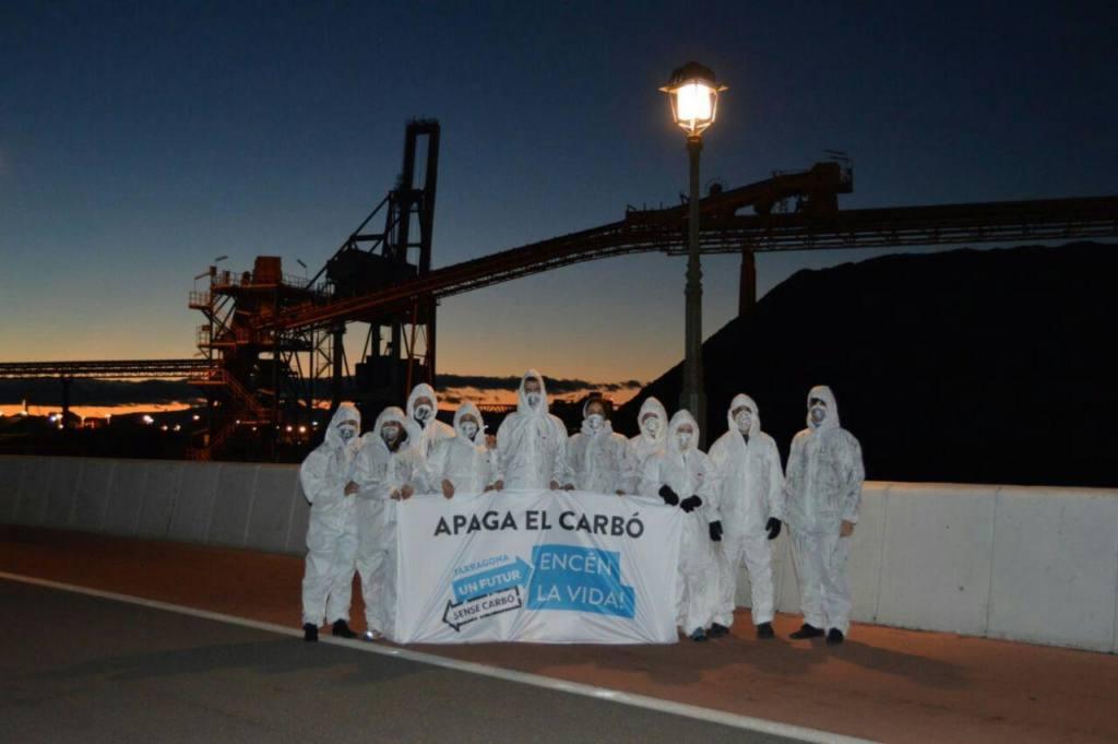 Acción en Tarragona de la plataforma Un Futuro sin Carbón