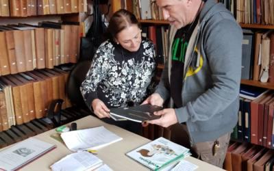 Donan a la biblioteca de La Línea material bibliográfico