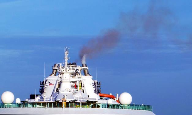 Piden al Gobierno que apoye la creación de un área de control de emisiones en el mar Mediterráneo
