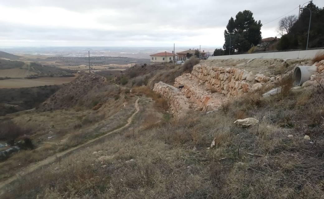 Un colector de aguas residuales se convierte en una amenaza en Los Santos de la Humosa
