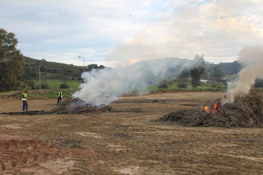 Advierten sobre la contaminación producida por las quemas de poda en el municipio