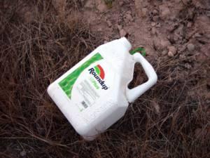 El Ayuntamiento de Sevilla envenena a la población usando herbicida altamente tóxico