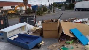 Desmesurada presencia de residuos de todo tipo en el Cortijo Real en Algeciras